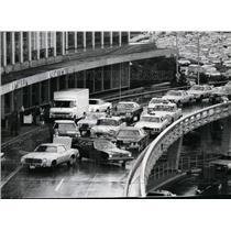 1974 Press Photo Car brought tardy travelers to New York's LaGuardia airport