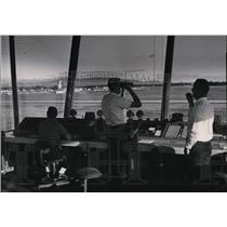 1976 Press Photo Miles Wagner, James Gilbertz and Zes Smith at Control Tower