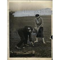 1921 Press Photo Suzanne Lenglen tennis champ golfs at Nice's Cagnes Club