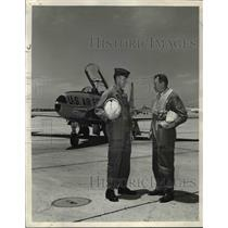 1965 Press Photo Hawaii development Boyd & Malcolm MacNaughton writings