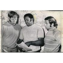 1970 Press Photo John Mackey of Colts, Ken Bowman of Packers, R Buonicoti