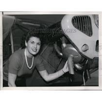 1946 Press Photo Ryan airplane worker with new engine muffler in San Diego CA