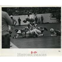 1971 Press Photo Football action of Miami Dolphins vs Minnesota Vikings