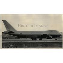 1974 Press Photo Boeing 747 jumbo jet parked at Portland International Airport