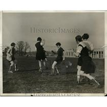1930 Press Photo Girls soccer team at University of Maryland - net10137