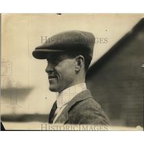 1922 Press Photo James Rowe Jr boxer at training - net14993