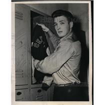 1948 Press Photo Harry Buster Nicholas high scholl baseball star a free agent