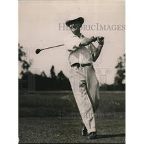 1920 Press Photo Senator Jonathan Bourne of Oregon  golfing at Chevy Chase club