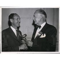 1911 Press Photo New President of United Cerebral Palsy receives gavel