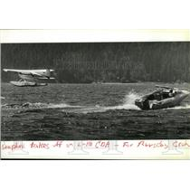 1985 Press Photo Seaplane takes off on Lake CdA - spa29405