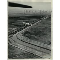 1937 Press Photo The world's largest irrigation canal, the All-American canal