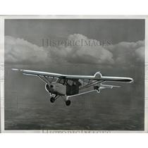 1945 Press Photo Aeronca Champion Prototype On Its First Flight - ney12581