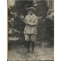 1920 Press Photo Carolyn H Warner Women's Knickerbocker Golf Tournament Winner
