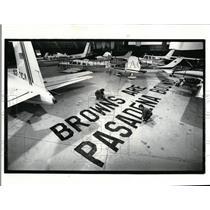 1987 Press Photo Burke Lakefront Airport-banner - cvo02118
