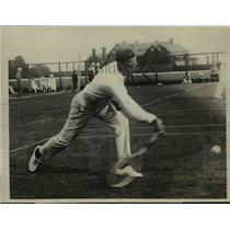 1923 Press Photo SF Hepburn of Oxford at tennis at Rockaway NY club - net16851