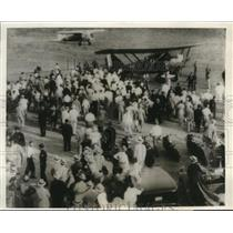 1930 Press Photo French Plane land in Dallas piloted by Capt. D. Coste