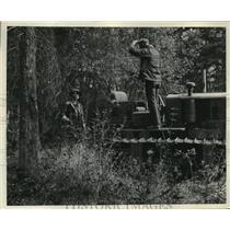 1935 Press Photo Alaska colonists erecting warehouse - mjx12833