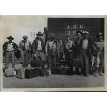 1935 Press Photo Laborers dissatisfied at Matanuska colonization project in AK