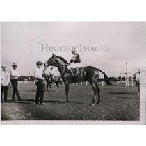 1921 Press Photo Racehorse Hold Me owned by Edward Cabrian at Cuba track