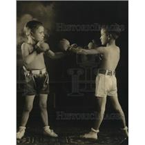 1920 Press Photo Child boxers Phillip Atwood vs Frankie Dundee - net18818