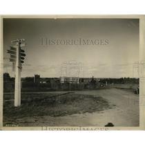 1923 Press Photo Champlain, New York Highway across Canadian Border - ney17683