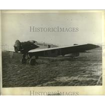 1930 Press Photo Plane of Lucio Luizaga, Horacio Vasquez at Bourget Field, Paris