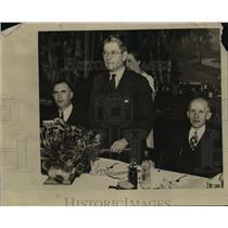 1936 Press Photo City Atty. Edward S. Munn, Phil LaFolette & Mayor C. B. Arnes