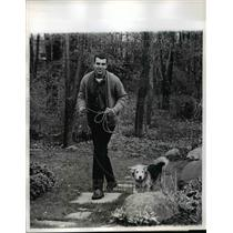 1963 Press Photo Ed Kranpool and his dog Teddy in the wood in White Plains N.Y