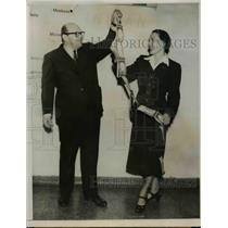 1951 Press Photo Longest Ticket Ever Sold By Trans-World Airlines - nef02922