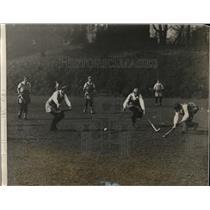 1929 Press Photo Katherine Rieser of Bryn Mawr vs Philadelphia field hockey