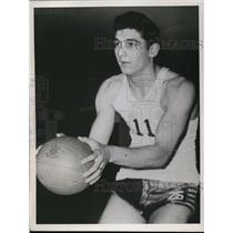 1945 Press Photo Ohio high school basketball star Mike Medich - net04057
