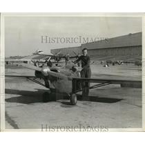 1947 Press Photo Pilot Ken Tyler of Massapequa, New York - ney19384