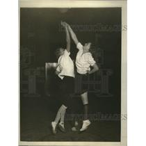 1925 Press Photo Girls of Hunter College basketball team during their practice