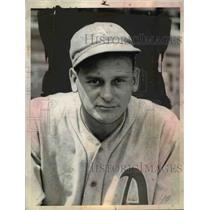 1935 Press Photo Bob Johnson of Athletics baseball - net23207