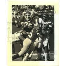 1984 Press Photo Jets Mark Gastineau sacks Bengals QB Turk Schonert - nes52204