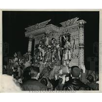 1959 Press Photo Egypt Theme Babylon Float, Mardi Gras, Parade, New Orleans