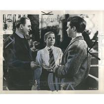"1948 Press Photo Pat O""Brien Dann Gift Darryl Hickman - RRR80043"