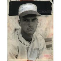 1937 Press Photo Ed Miller of Cinncinati baseball team - net26614