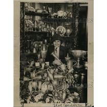 1922 Press Photo Corrine Voth girl rider & her trophies at age 13 - net26625