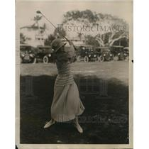 1923 Press Photo Elizabeth Sands of NY at Everglades golf course in Florida