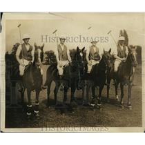 1919 Press Photo English polo team Maj F Barrett, Capt JF Harrison - net27574