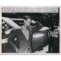 Press Photo Max Conrad MN Pilot & Songwriter Appears Tired After Landing