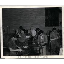 1940 Press Photo Aero Mechanic Trainees at No. 1 Technical Training School