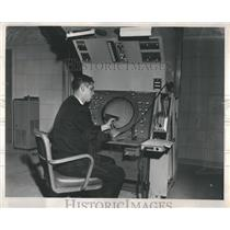 1962 Press Photo O'Hare Airport Control Tower - RRR21397