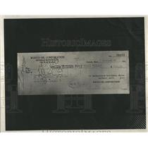1932 Press Photo Edward Schlee Banquet Payment Check - RRR32761