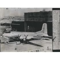 1945 Press Photo U.S. Army Cargo Ship Douglas C-74 - RRR38623