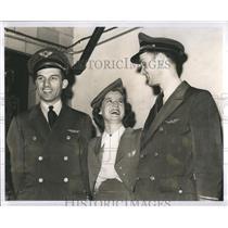 1942 Press Photo A.R.Ricks Louise Taylor Capt.Ralph - RRR86671