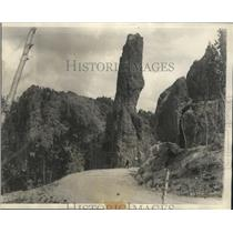 1927 Press Photo View of Needles Rock formation in Black Hills South Dakota.