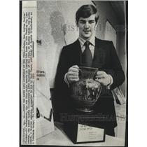 1970 Press Photo Bobby Orr Boston Bruins defenseman ron major awards - spx11870