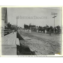 1898 Press Photo Clintonville, Wisconsin Main Street looking south - mjx20633